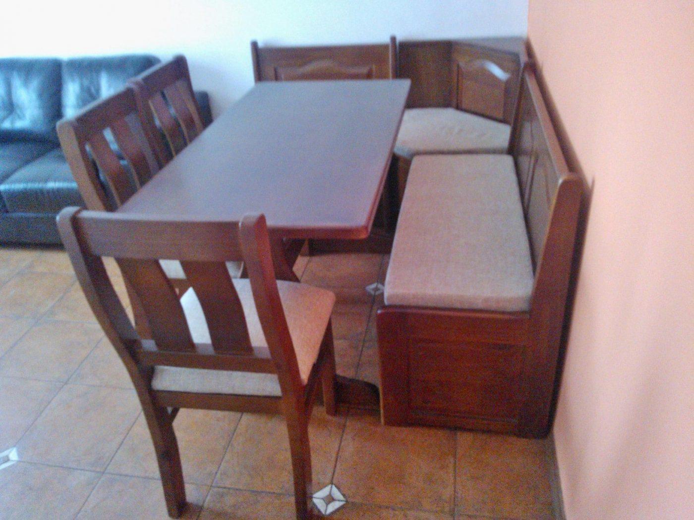 Juego de Comedor Esquinero con 3 sillas - Ombú Muebles Uruguay