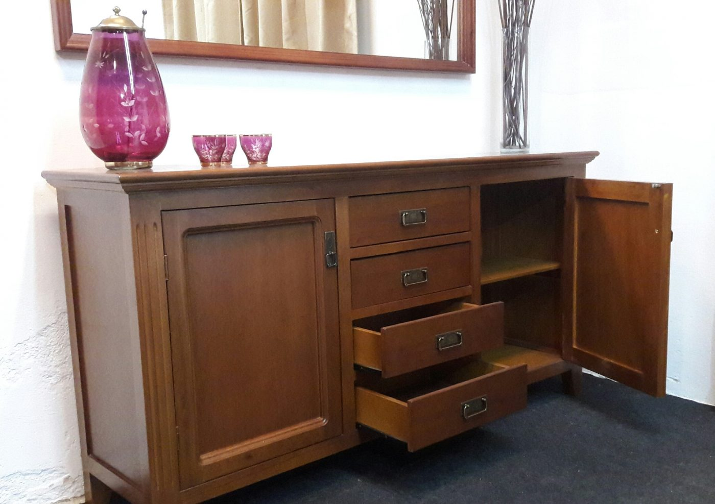 Bargue os a medida en madera omb muebles uruguay for Muebles madera maciza uruguay