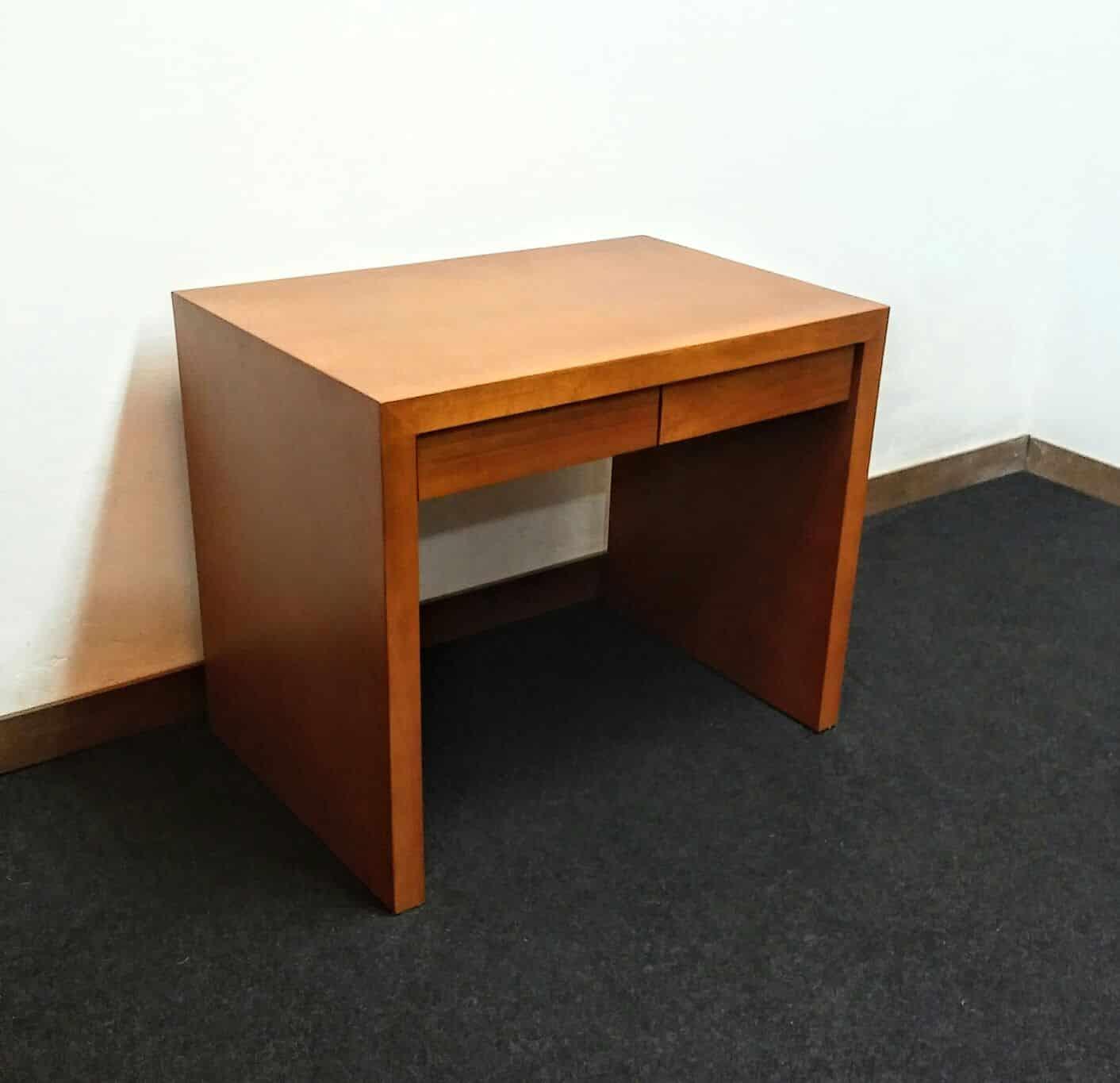 Escritorio con cajones en madera omb muebles uruguay for Escritorios uruguay