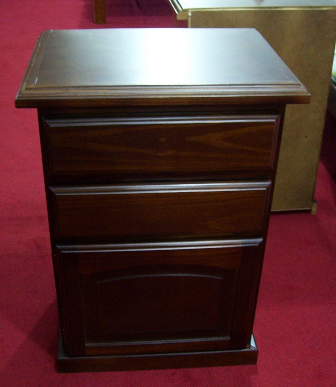 Mesas de luz en madera a medida omb muebles uruguay for Muebles madera maciza uruguay